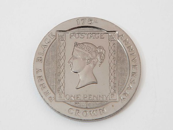 175th Anniversary of The Penny Black Crown