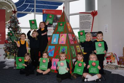 Post Office joins together with Ballacottier School to create 2014 Festival of Trees entry